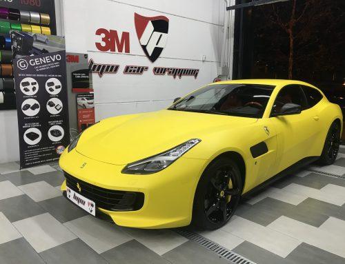 Ferrari GTC4 Lusso amarillo mate 3M Wrap Film