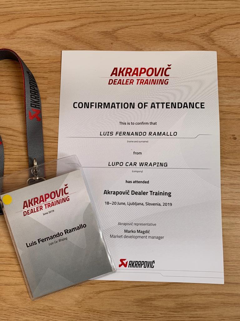 Diploma Luis Dealer Trainning Akrapovic