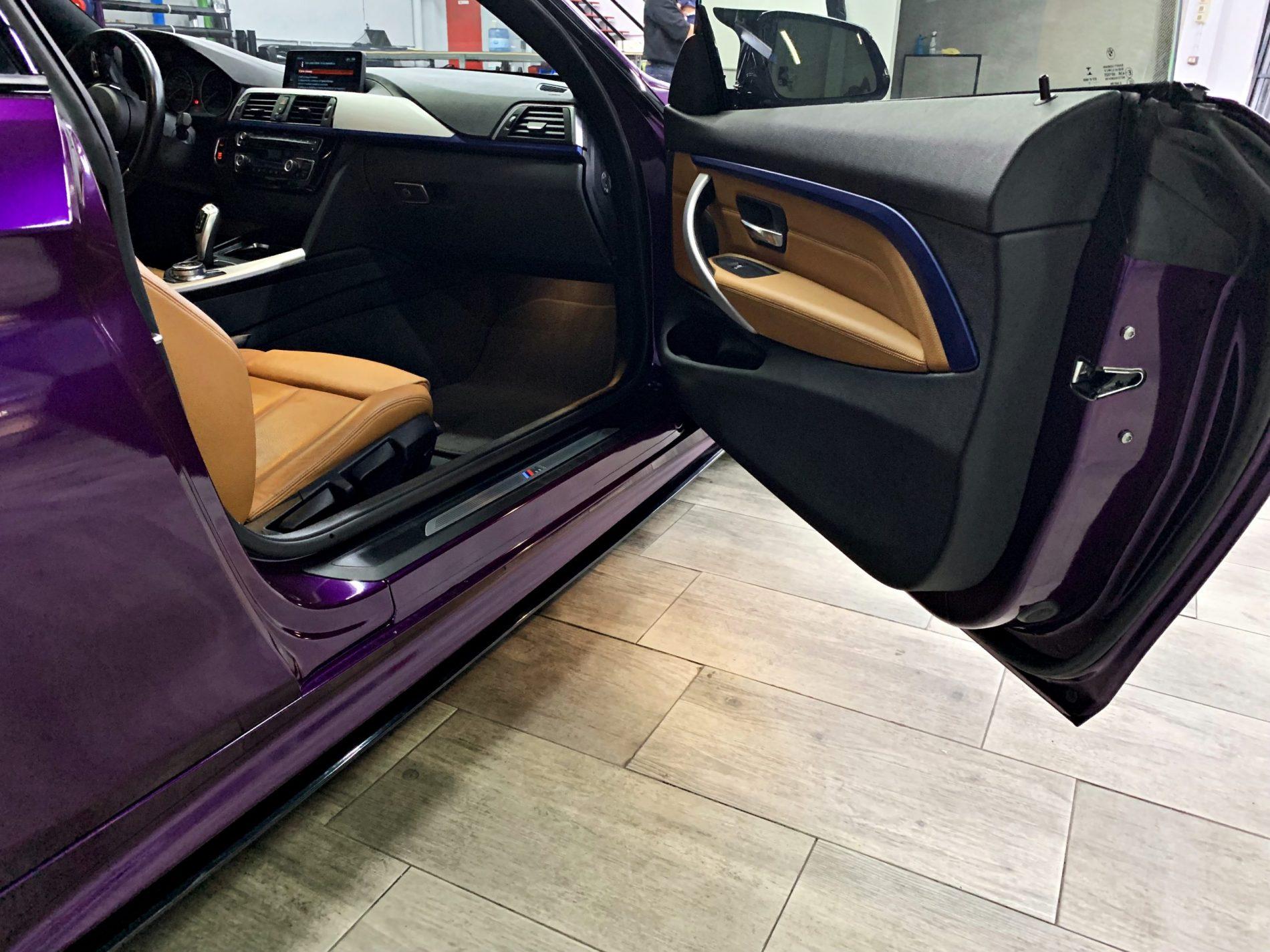 Interiores BMW 430 en vinilo EDERBERRY PURPLE GLOSS