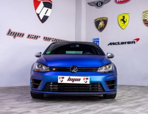 Volkswagen Golf R Full Wrap azul mate metalizado